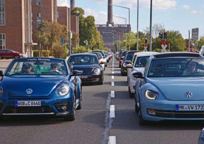 Galerie Beetle-Korso durch das VW Werk20