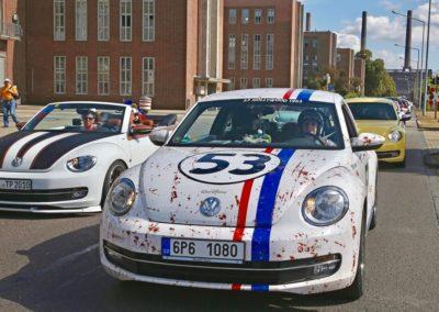 Galerie Beetle-Korso durch das VW Werk21